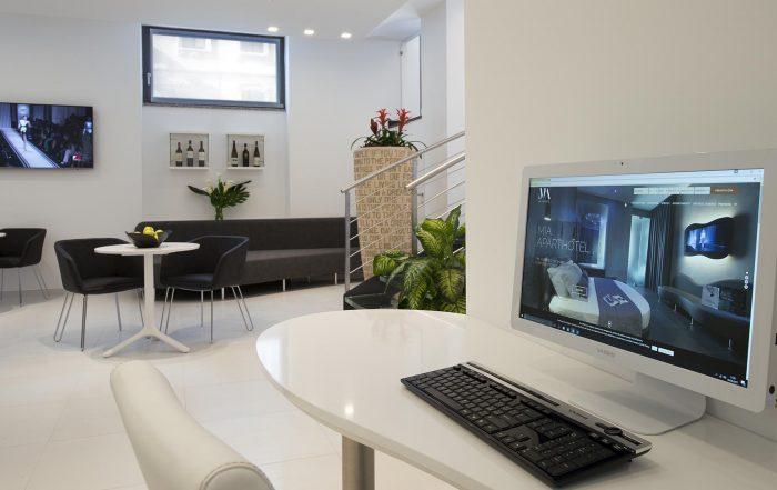 Mia Aparthotel Milano -Servizi postazione internet